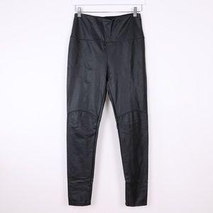 Lyssé Faux Leather Leggings